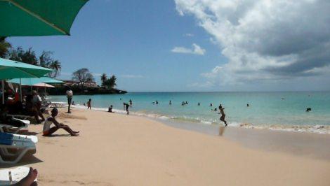 Store Bay Beach, Tobago, video 2